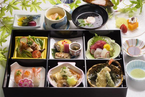 料理長おすすめ箱膳「夏々花〜ななか〜」